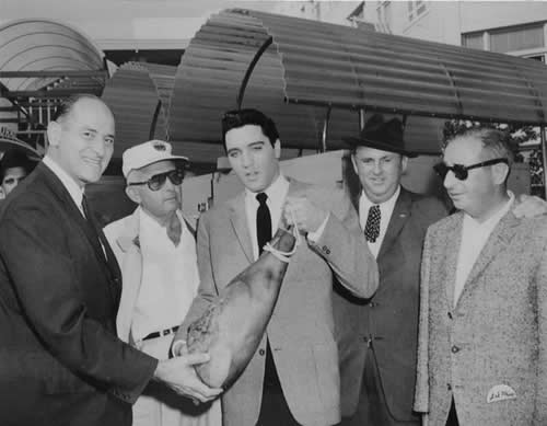 Governor Al Rosellini and Elvis with leg of ham