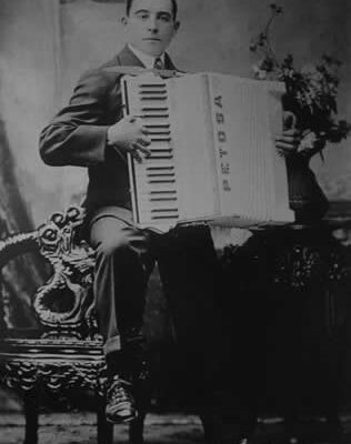 Carlo Petosa with accordian